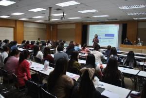วิทยากรบรรยาย การส่งเสริมการเรียนรู้ แก่นักศึกษาคณะบริหารธุรกิจ ชั้นปีที่ 3 และ ปีที่ 4 สาขาโลจิสติกส์ การจัดการ และธุรกิจระหว่างประเทศ