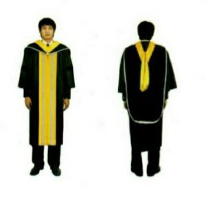 ภาพตัวอย่างการแต่งกายชุดครุยบัณฑิตชาย