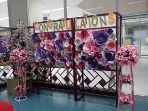 ดอกไม้จากกระดาษสีโปสเตอร์ แบบที่ 1